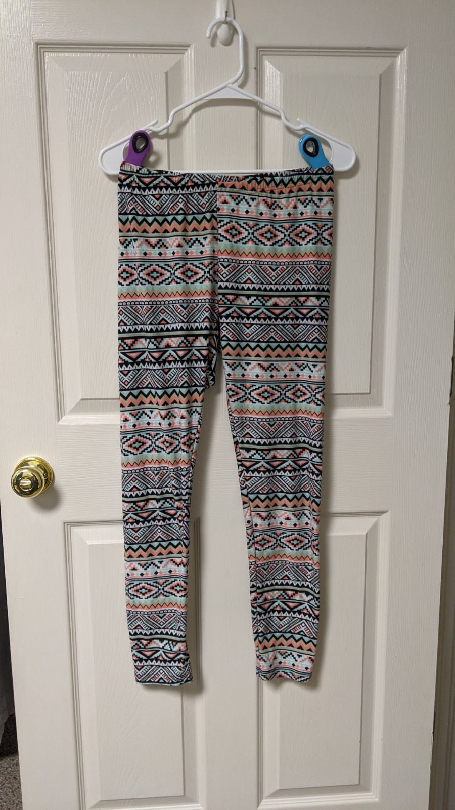Bobbie Brooks Leggings