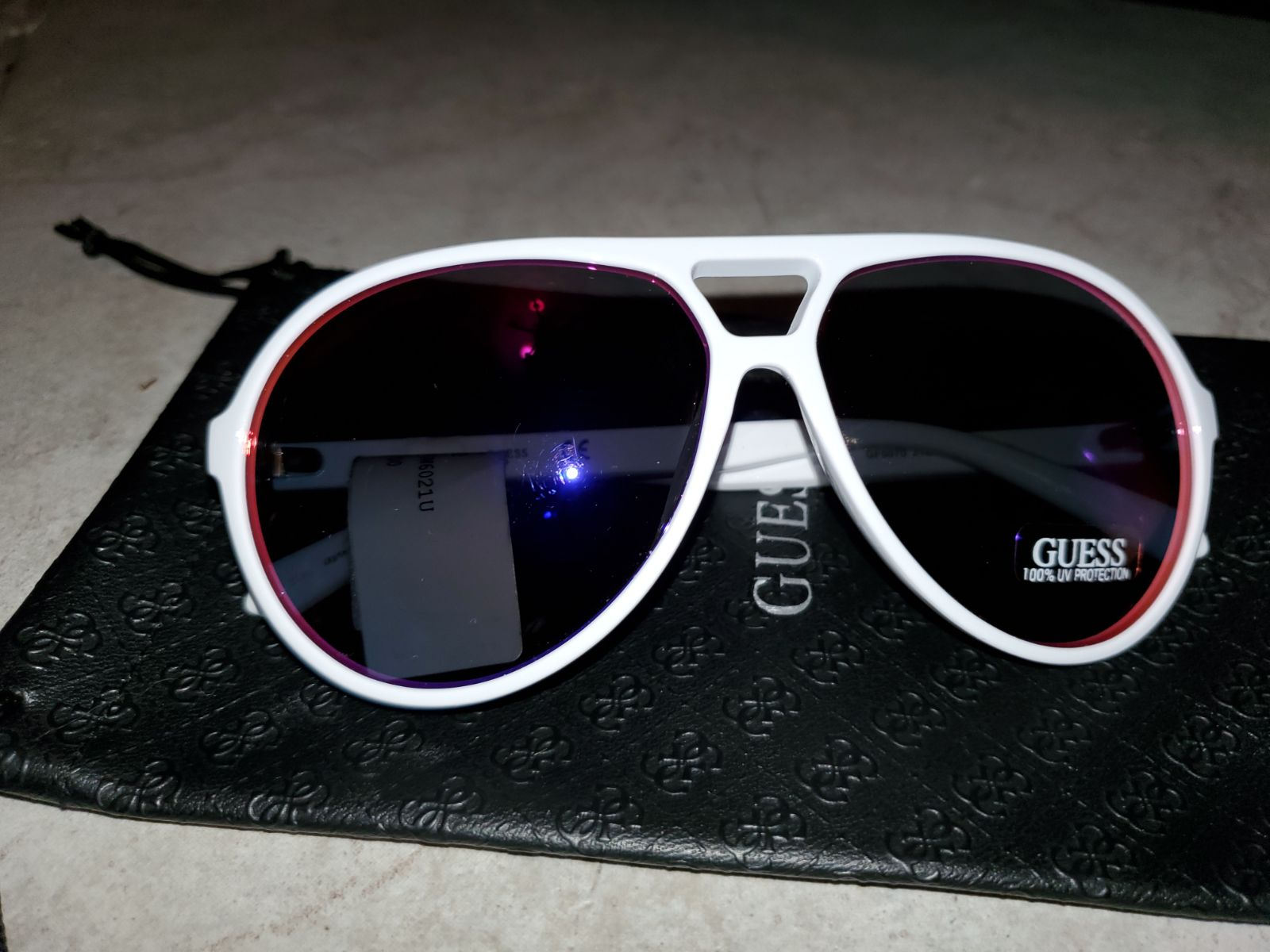 Sunglasses Guess White Frame NEW