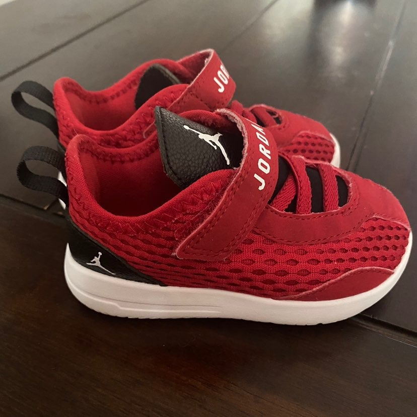 Jordan shoes baby boy size 6