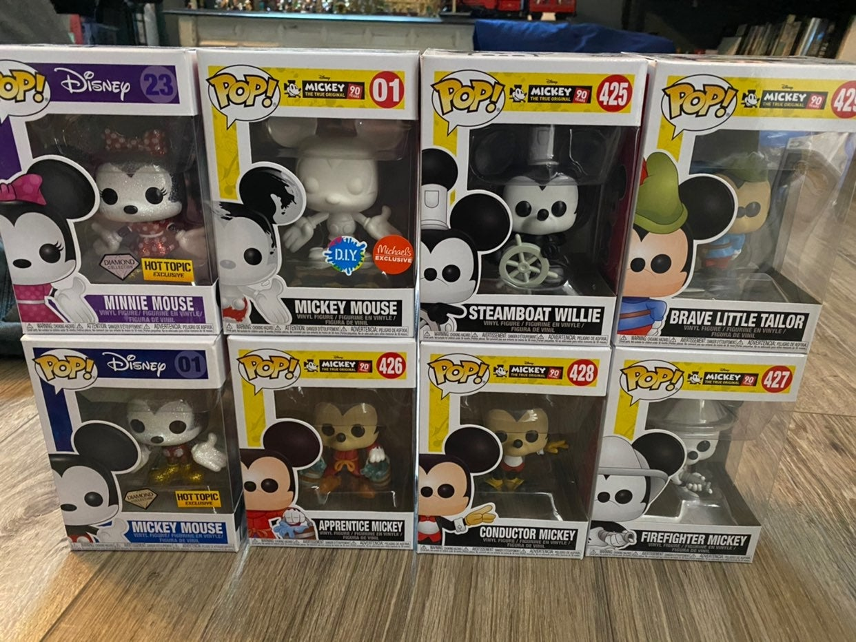 HUGE Lot of Mickey Mouse Funko Pops!