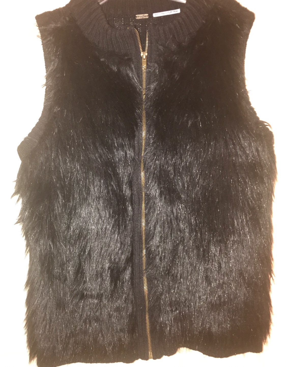 Poof Faux Fur Women Vest Size Small/34