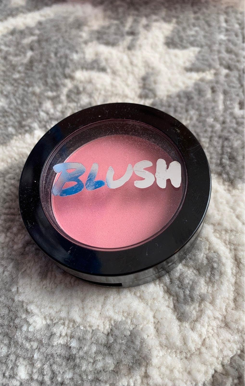 Model co peach bellini blush