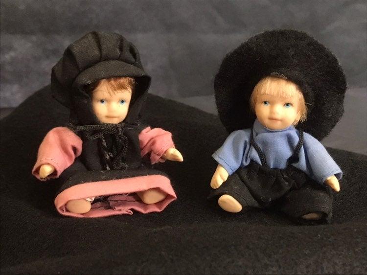 Miniature Porcelain Dutch Dolls Boy Girl