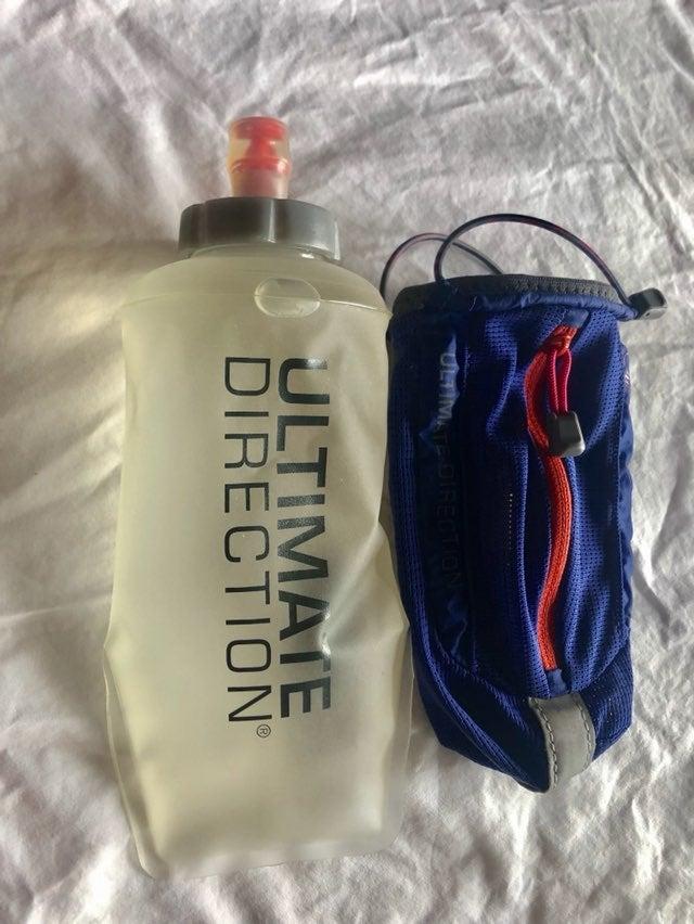 Ultimate Direction Hansheld water bottle