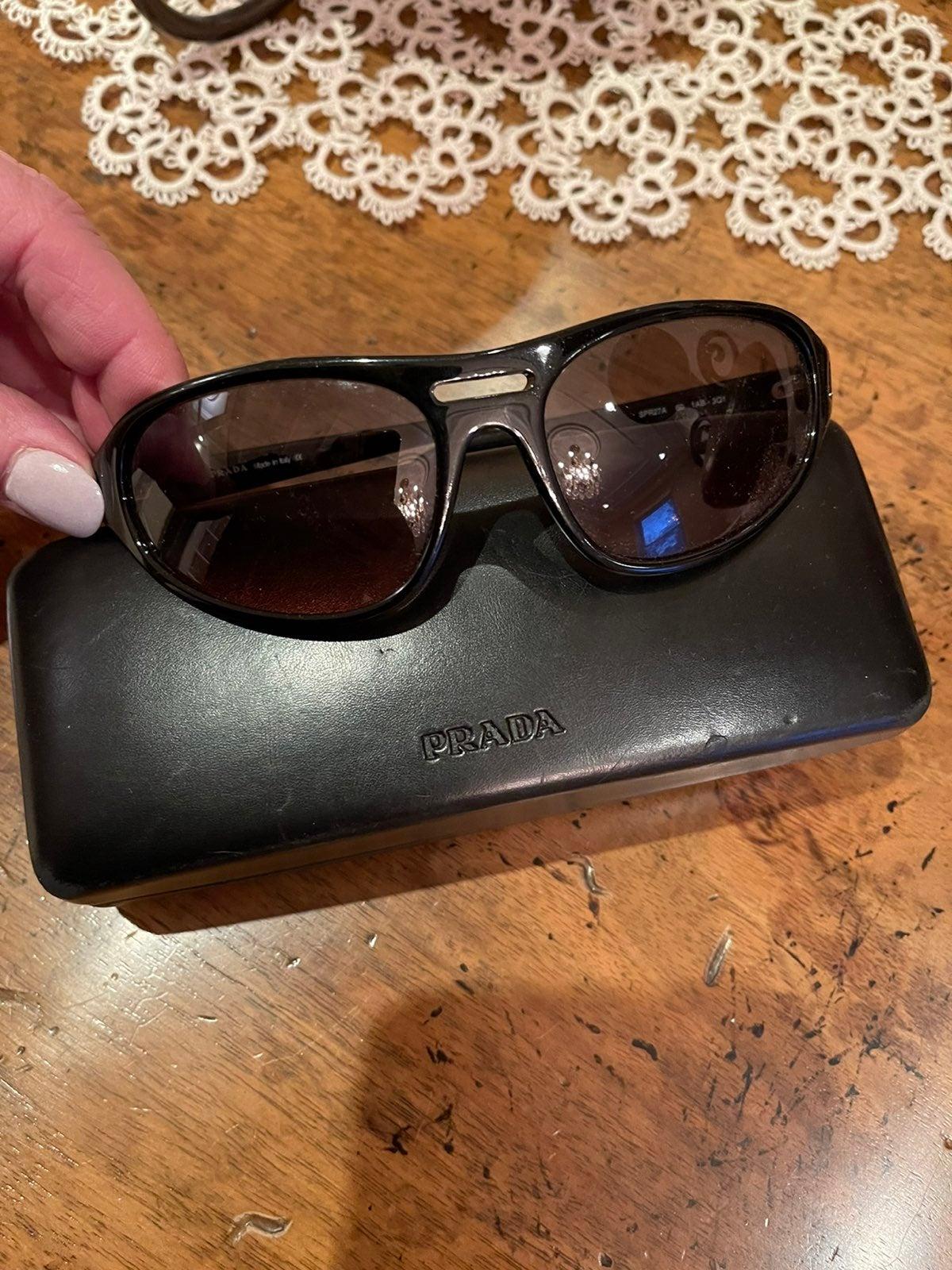 Prada sunglasses!!