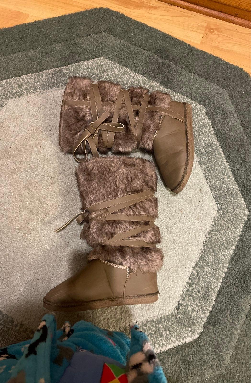 Justfab Grand forks fuzzie boots