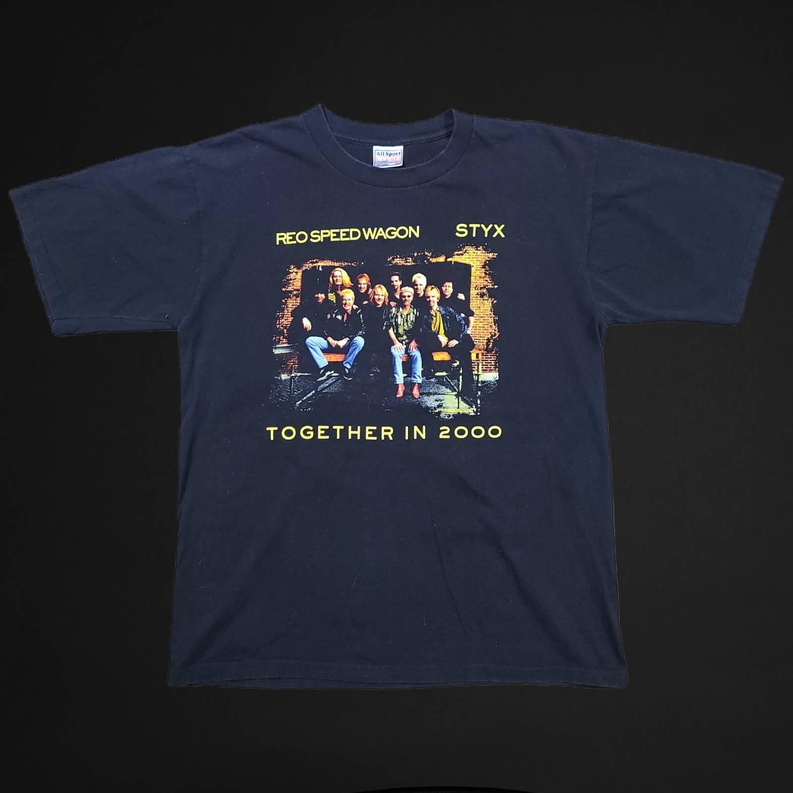 Vtg REO speedwagon band tour t shirt