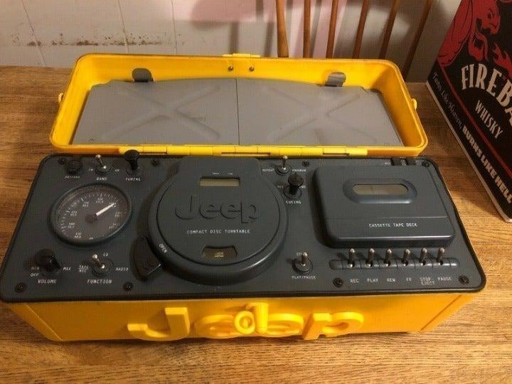 Jeep Portable Boombox CD AM/FM Cassette