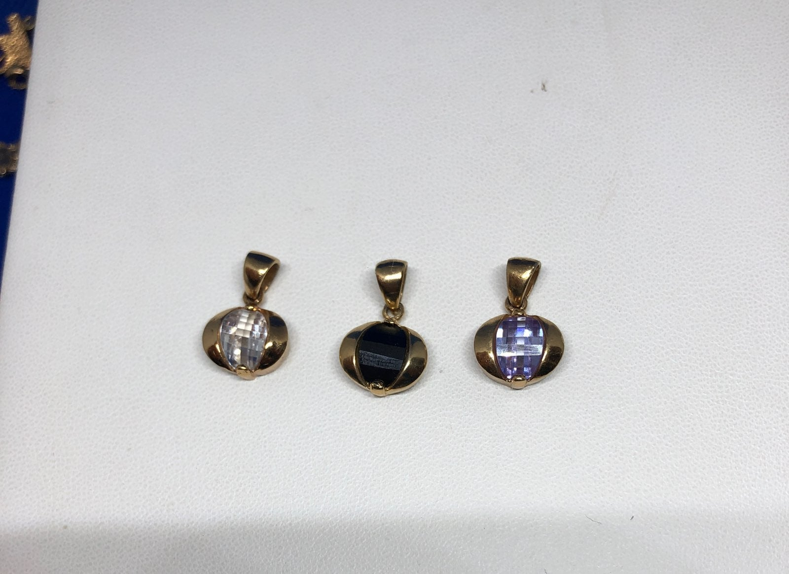 CUbic Zirconia Charms/GP