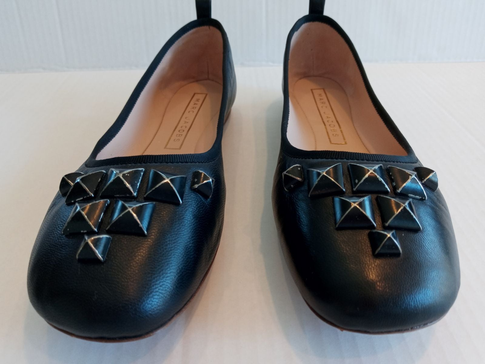 Marc Jacobs Cleo Flats - Size 8