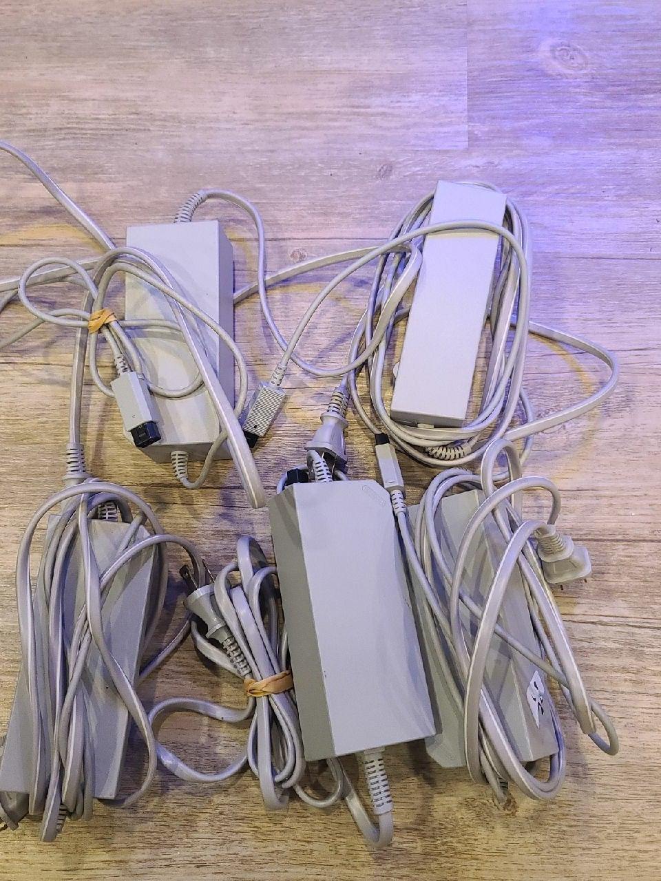 5 Nintendo Wii/WiiU power adapters OEM