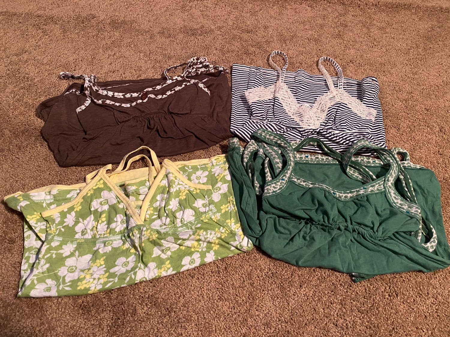 4 Hollister Tank Tops Size S