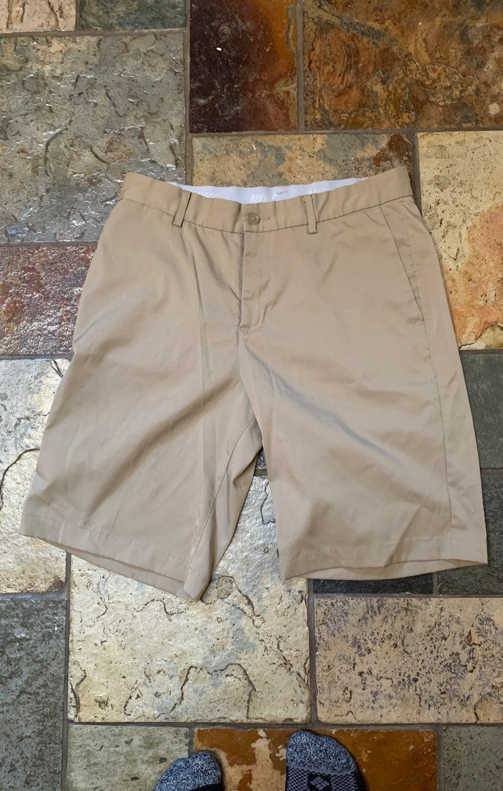 Nike Dri-Fit Golf Shorts - Size waist: 3