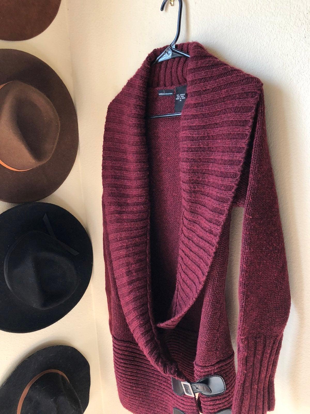 Moda international maroon cardigan