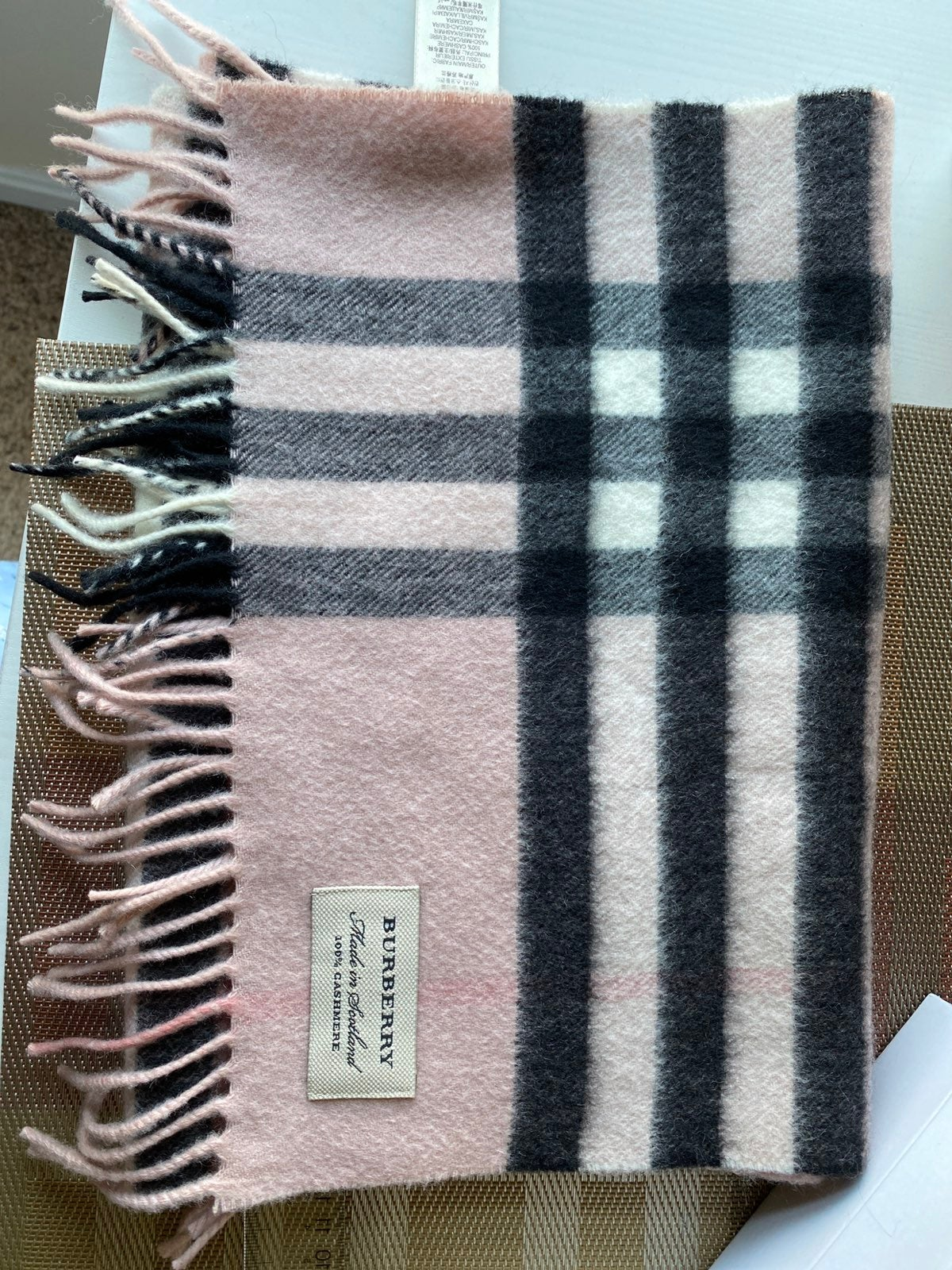 BURBERRY Pink Cashmere Check Giant Scarf