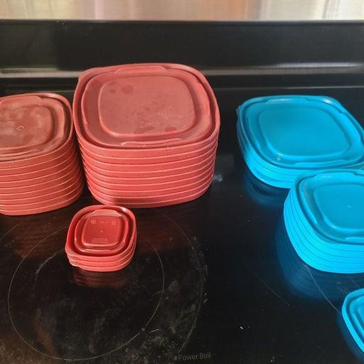 Pyrex lids plastic containers