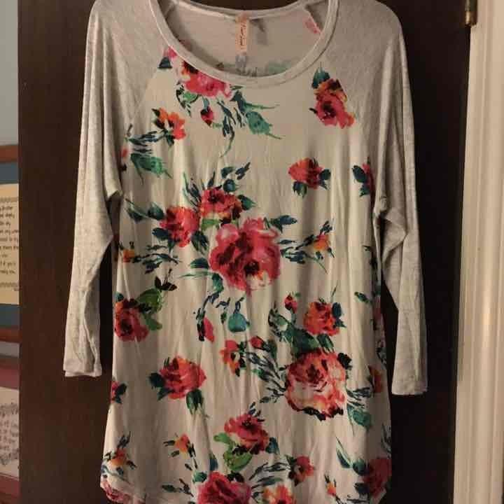 3/4 Sleeve Floral Top