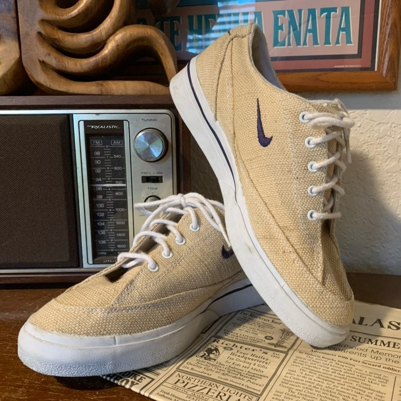 Rare Vintage Nike Canvas Tennis Shoes