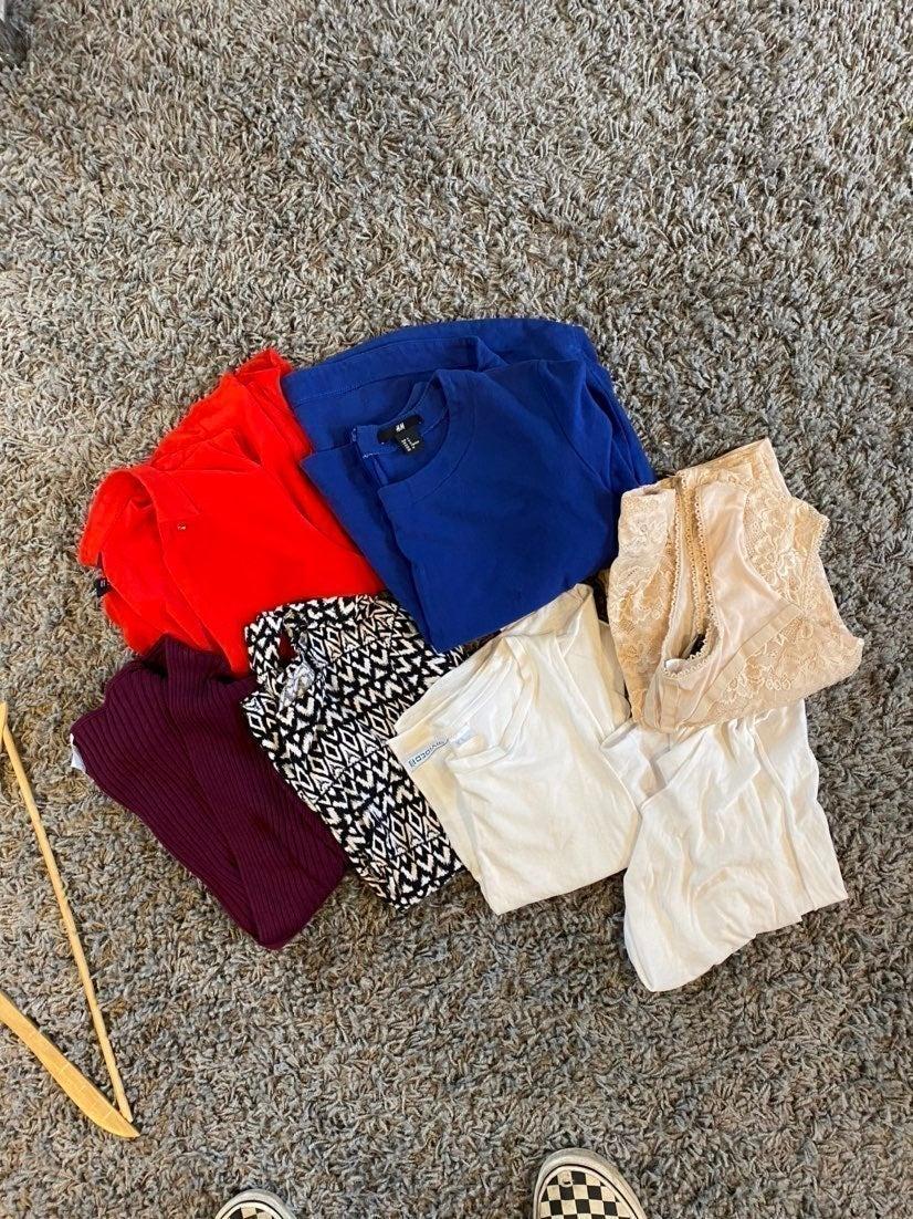 H&M clothing bundle size medium