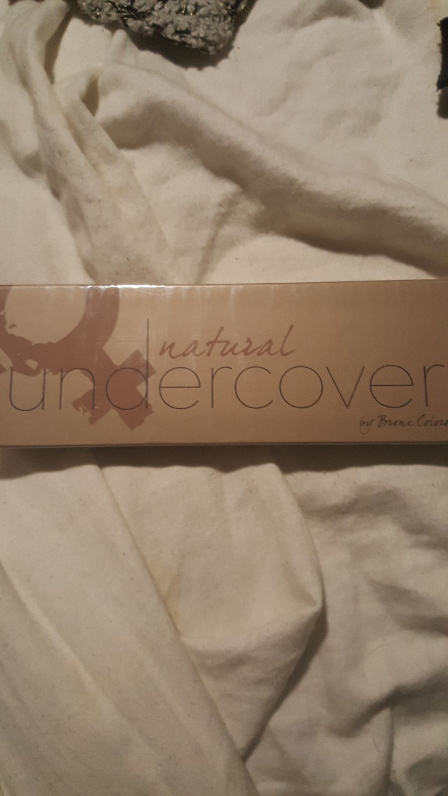 Natural Undercover eyeshadow palette