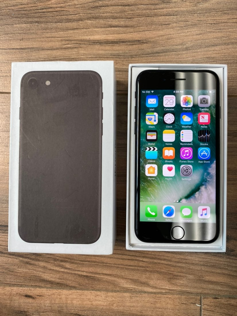 iPhone 7 Jet Black 256 GB AT&T