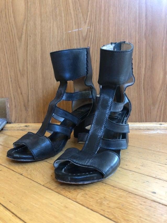 Freebird Raven Shoes