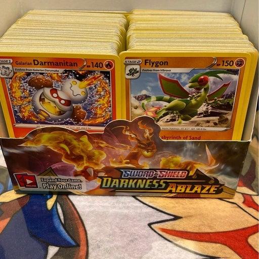 Pokemon Darkness ablaze booster box open