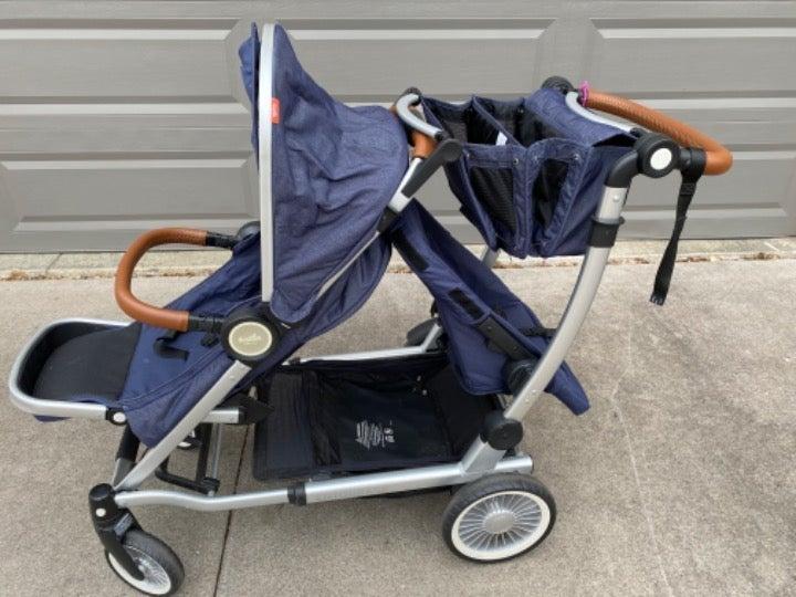 Austlen Entourage stroller + accessories