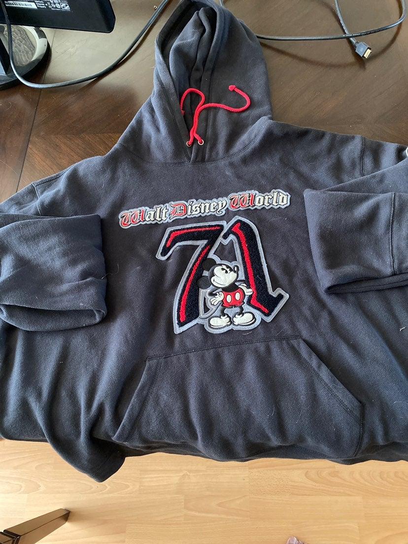 Walt Disney World 71  Sweater/Hoodie XXL
