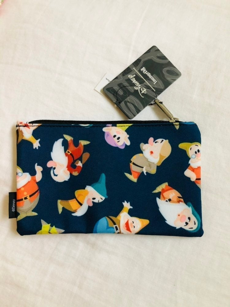 NWT RARE Loungefly Seven Dwarves Pouch