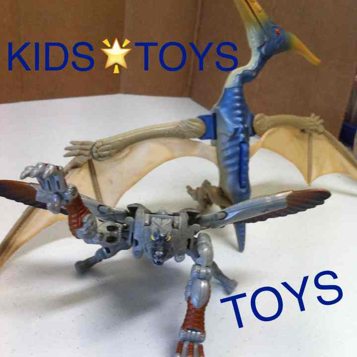 KIDS FLYING TOYS