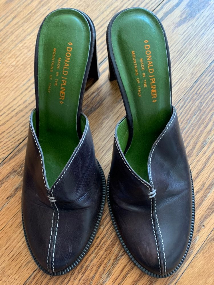 Donald J. Pliner Ozara Leather Mules
