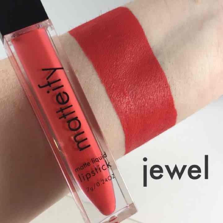 Matteify coral matte liquid lipstick