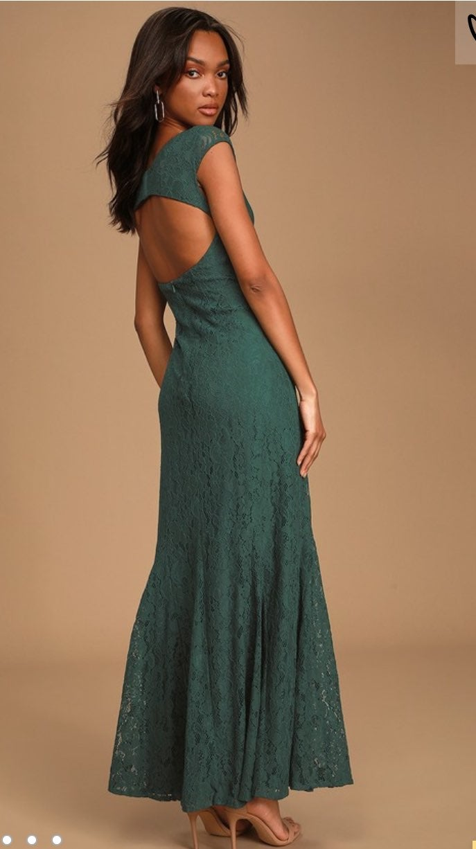 Emerald Green Lace Maxi Dress-  NWT- siz