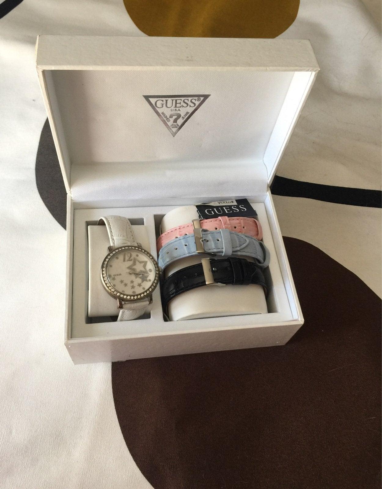 Authentic Guess Women Wristwatch