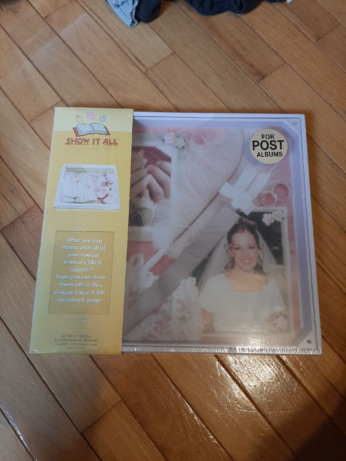 Show it all scrapbooking case/ frame