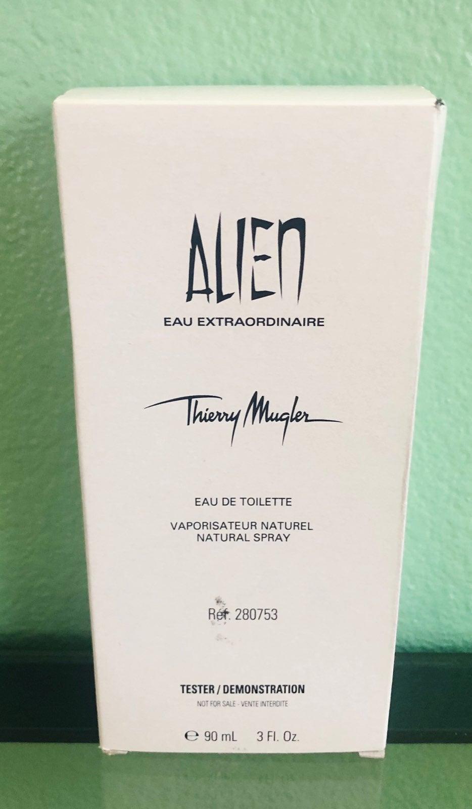 Alien Extraordinaire