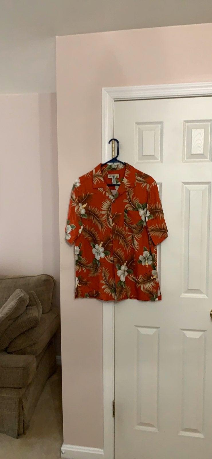 Men's Caribbean style button up shirt