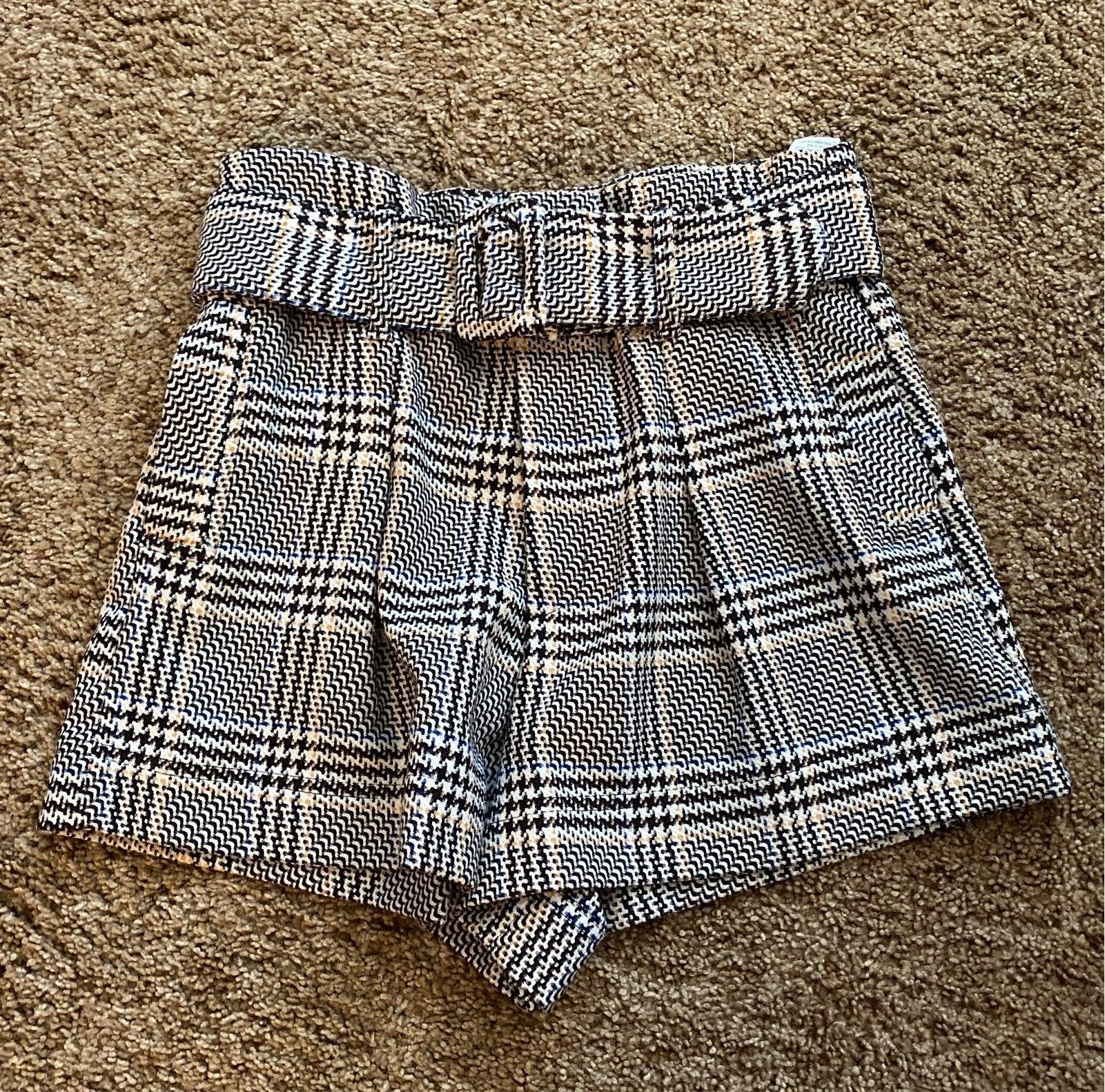 Plaid Zara short