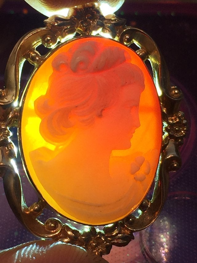 Vintage Authentic Cameo 1/20 12k Gold