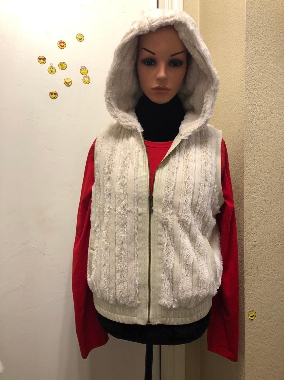 """New """" YMI"""" Faux Fur Ivory Hoodie Vest!!"""