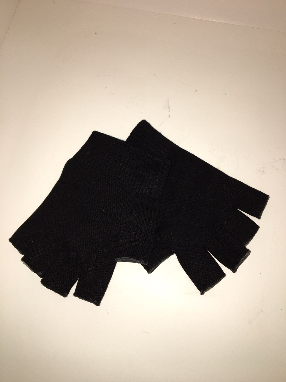 Therapeutic gloves
