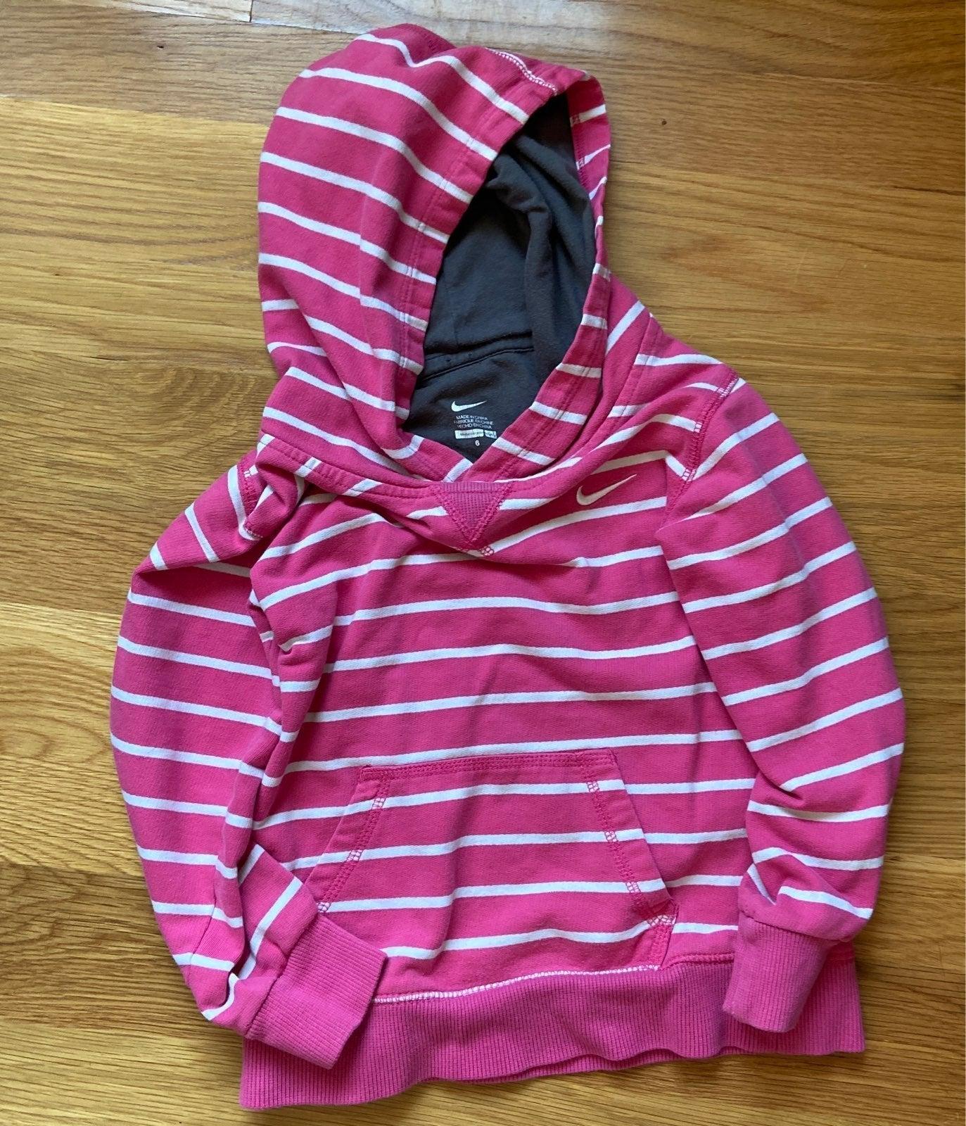 Nike girls hoodie