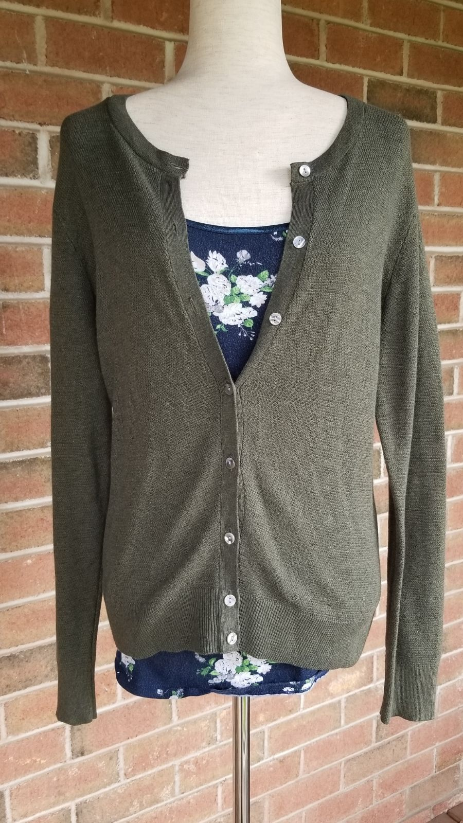 A New Day Cardigan Size L