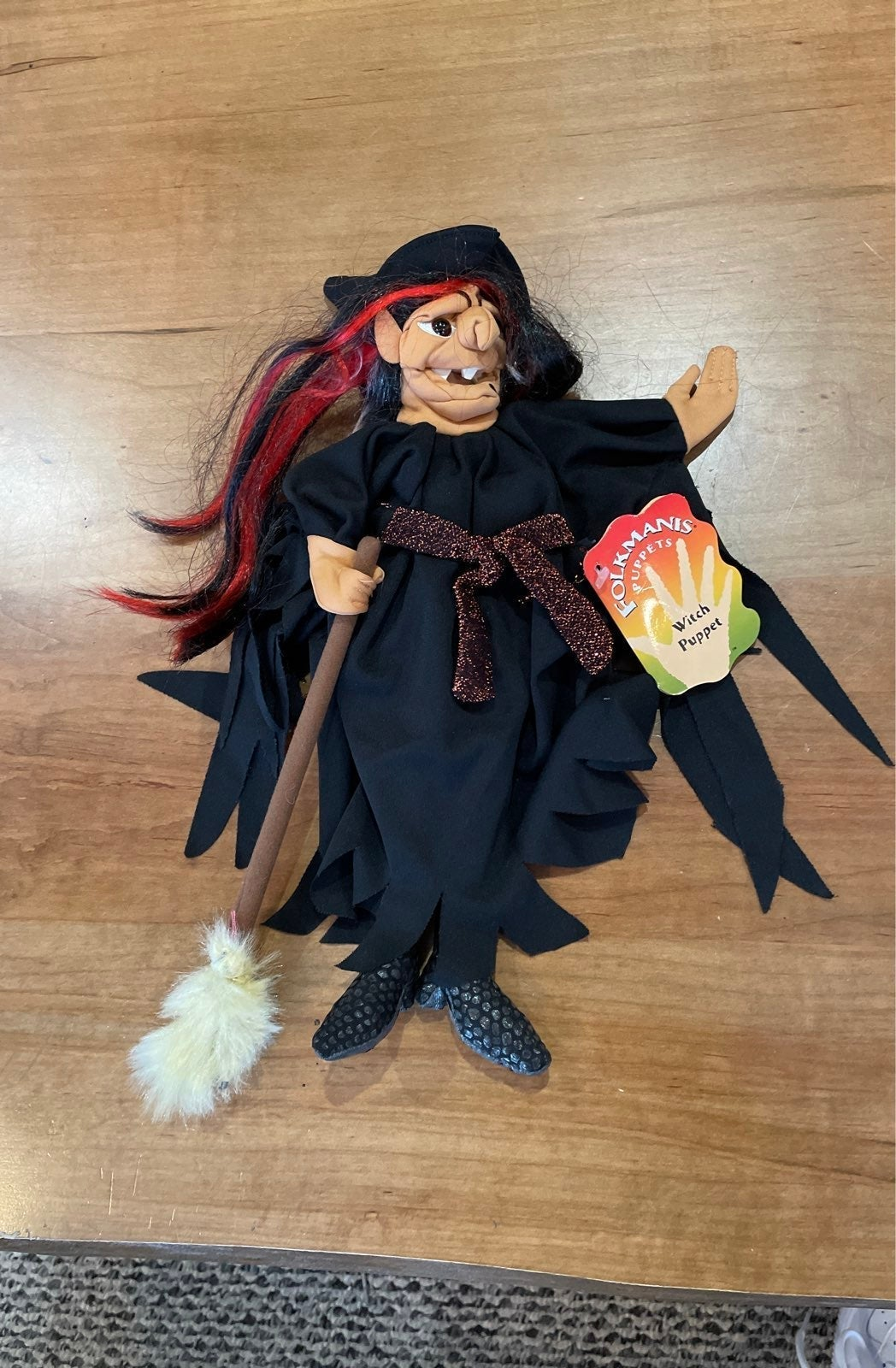 Htf Halloween Witch Puppet folkmanis nwt