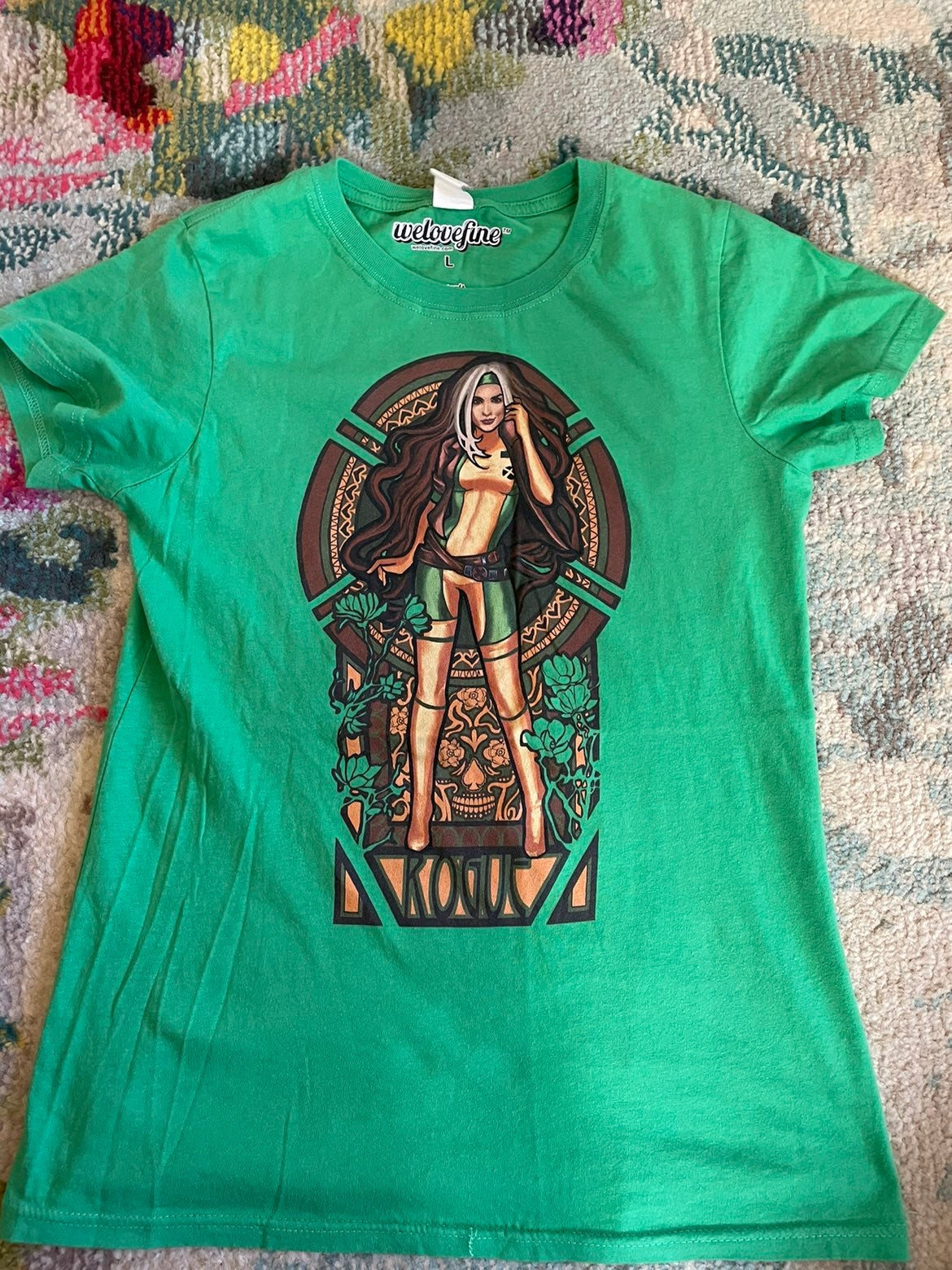 We Love Fine Rogue tee, size L