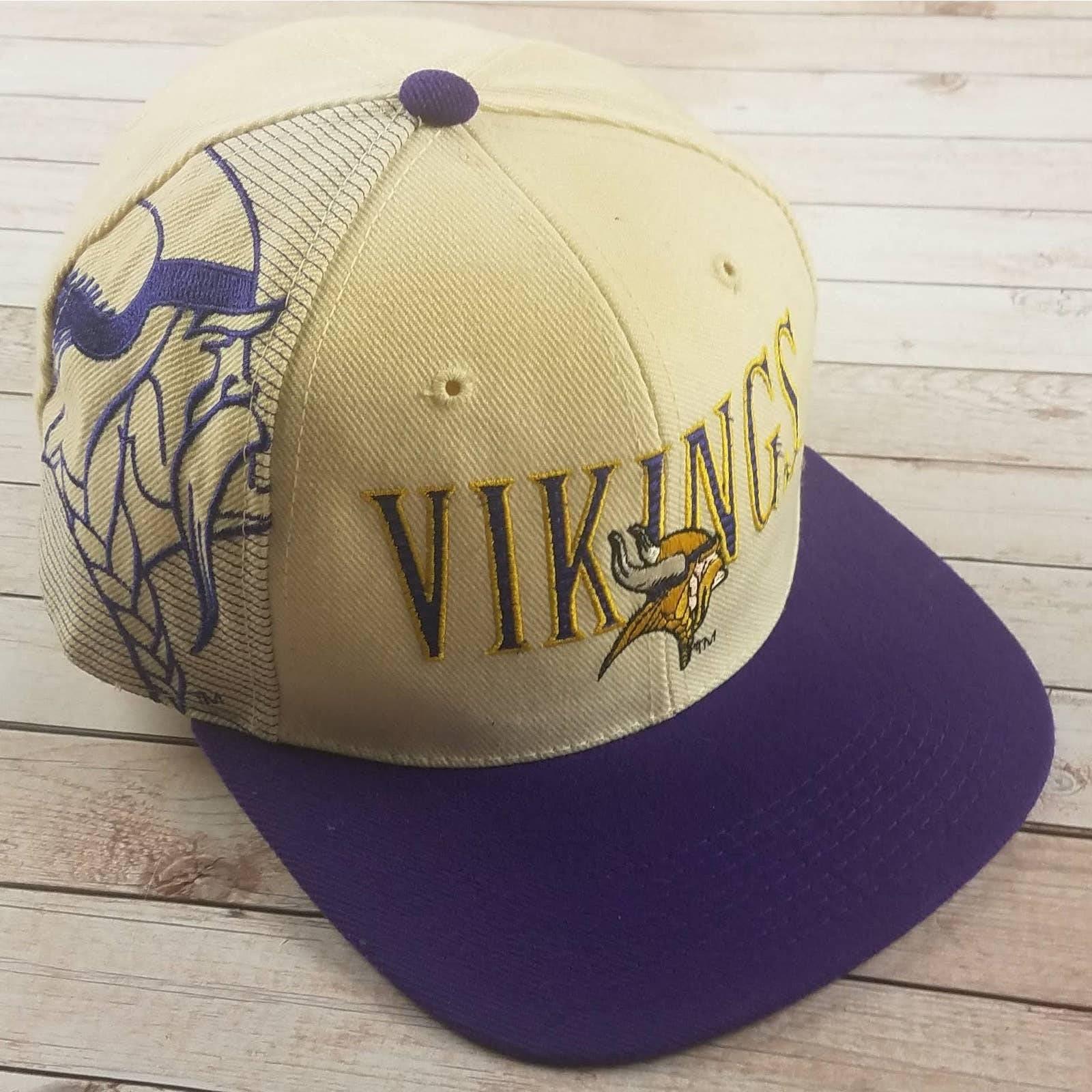 VTG 90s Vikings SS Laser Snapback Hat