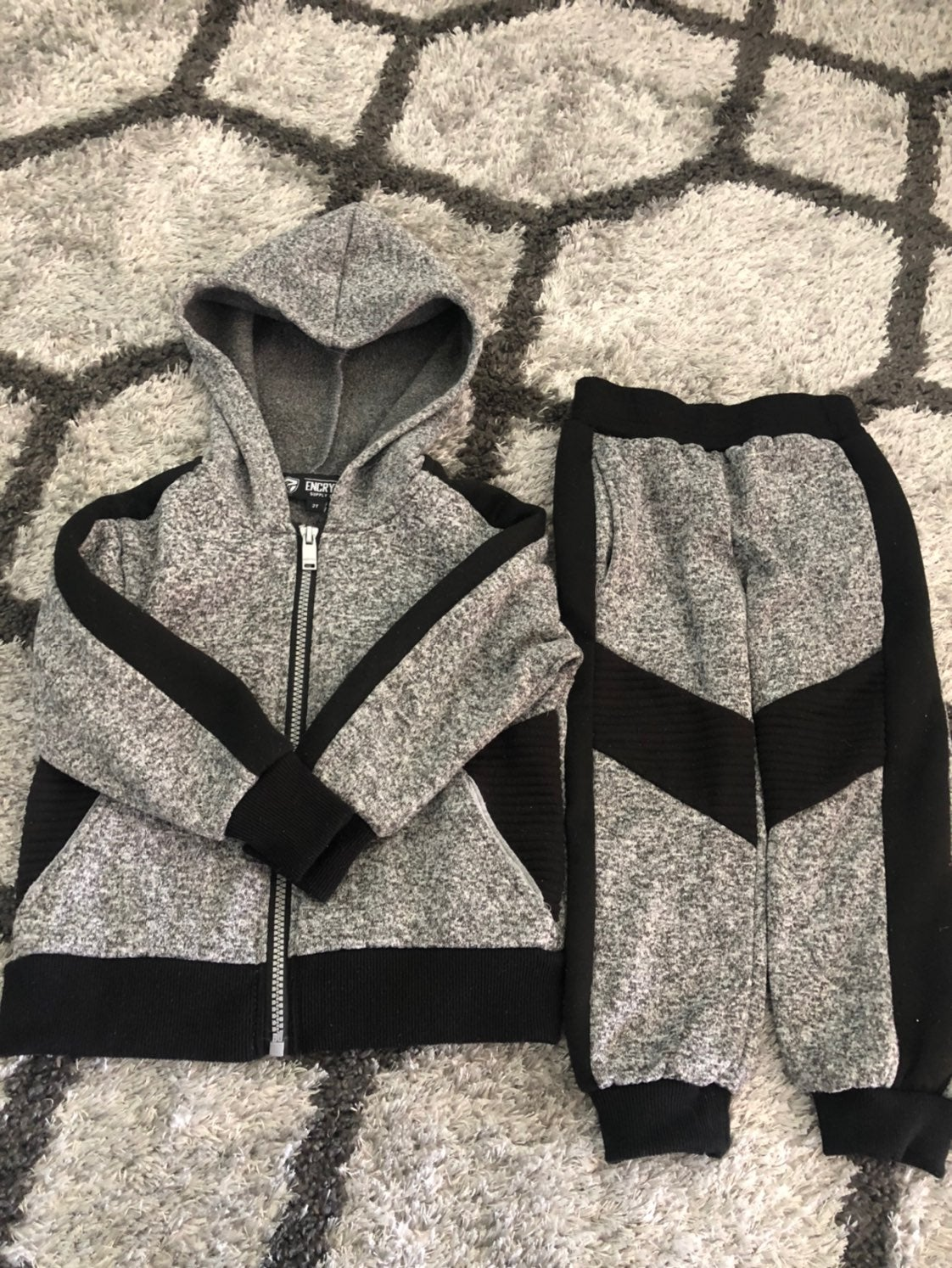 Sporty and trendy hoodie set