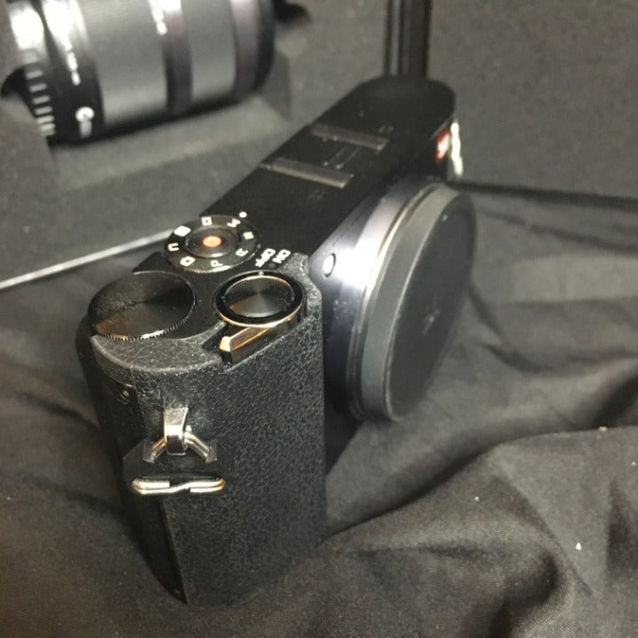 YI M1 Micro 4/3 Camera With 12-40mm Lens