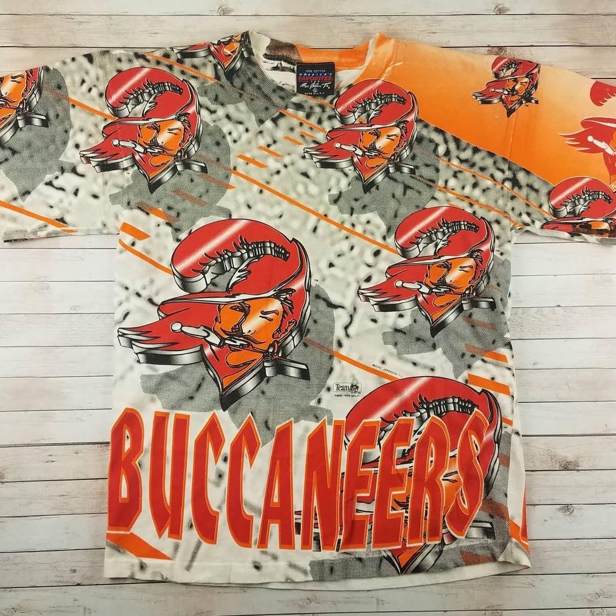VTG 1990s Tampa Bay Bucs AOP Tee Shirt